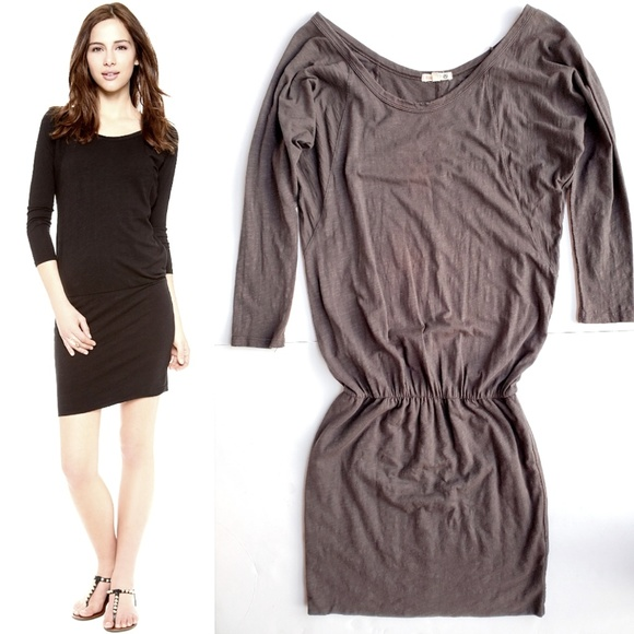 Sundry Dresses & Skirts - Sundry Long Sleeve Dress in Charcoal Gray